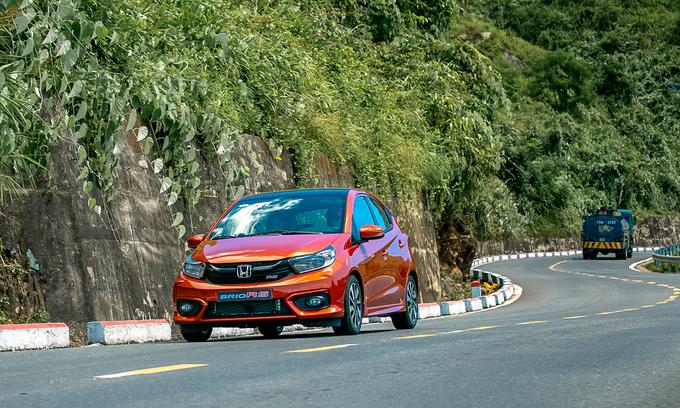 Ngoại thất với màu sắc bắt mắt của Honda Brio